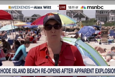 Explosion shakes beach in Rhode Island