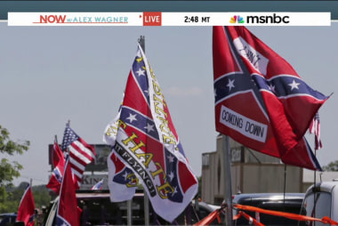 Pres. Obama greeted by Confederate flags