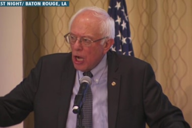 Sanders tries to make amends with protesters
