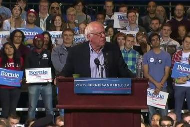 Sanders, Clinton to spar in first Dem debate
