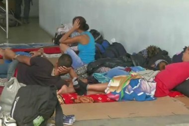 Nearly 5k Cubans stranded in Costa Rica