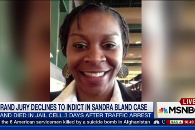 Sandra Bland's mother reacts to grand jury...