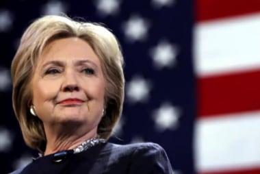 Clinton: Dem debate should happen