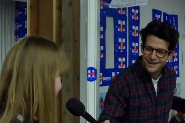 Clinton volunteers show dedication in Iowa