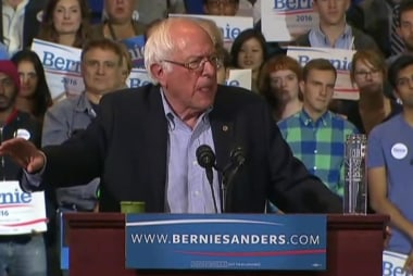 Sanders, Clinton make closing arguments in...