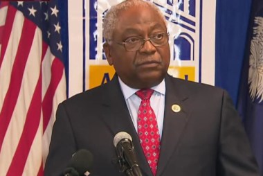 Rep. Clyburn: 'Clinton is a fighter'