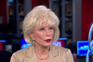 Lesley Stahl reflects on 'Becoming Grandma'