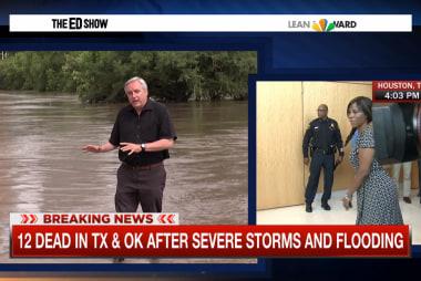 Severe storms hit Texas, Oklahoma
