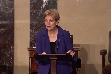 Elizabeth Warren challenges 'extreme' GOP