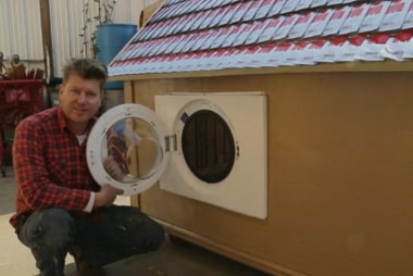 Big Idea: Homes for the homeless out of trash