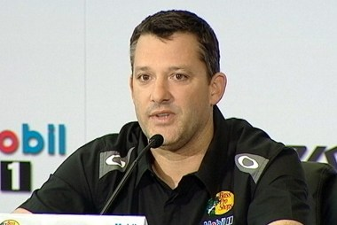 Tony Stewart sitting out second NASCAR race