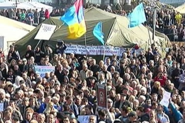 Tensions high along Ukraine-Russia border