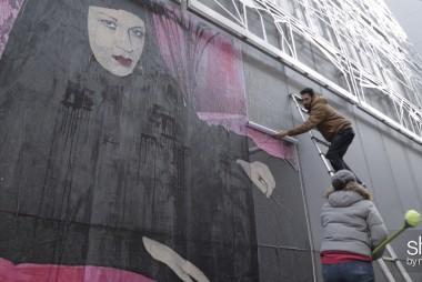 French artist fights prejudice after Paris...