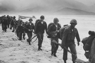 US Troops in Vietnam: The Arrival