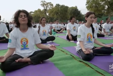 India breaks Yoga world record