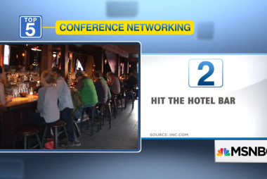 5 effective ways to network at conferences