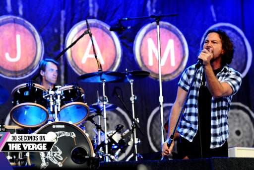 Pearl Jam protests over NC anti-LGBT law