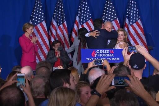 Cruz accidentally elbows wife