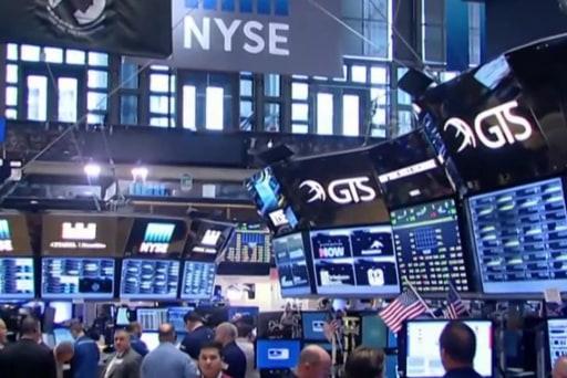 Markets plummet worldwide in Brexit wake