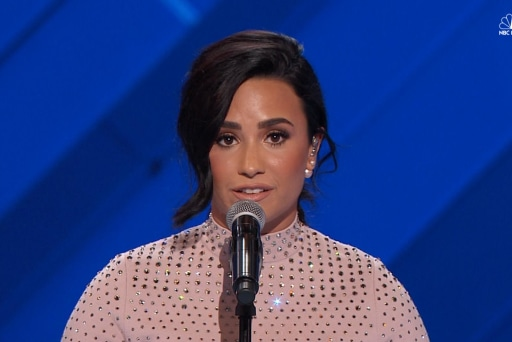 This is why Demi Lovato is endorsing Clinton