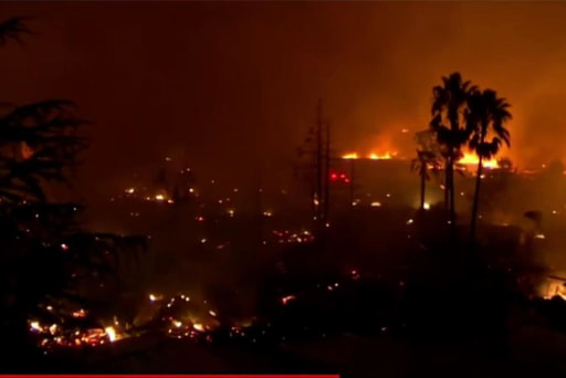 Death toll climbs to 21 from wildfires