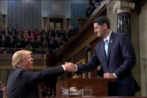 Amid boos, Trump lays out immigration plan in SOTU