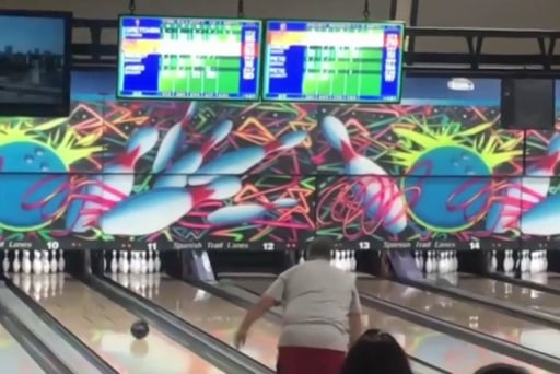 #GoodNewsRUHLES: Double amputee bowls perfect score