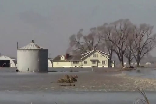 NOAA warns of 'unprecedented' spring flooding season