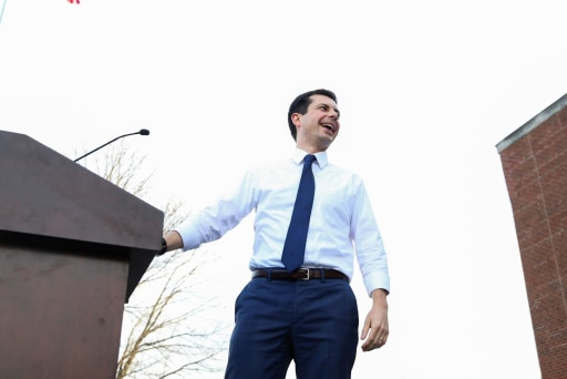 Pete Buttigieg handles anti-gay, anti-abortion hecklers