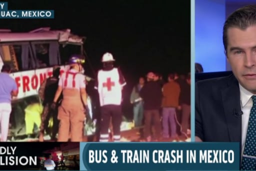 Death toll rises in Mexican bus, train crash