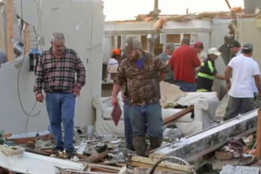 Death toll rises in southeast U.S. storms