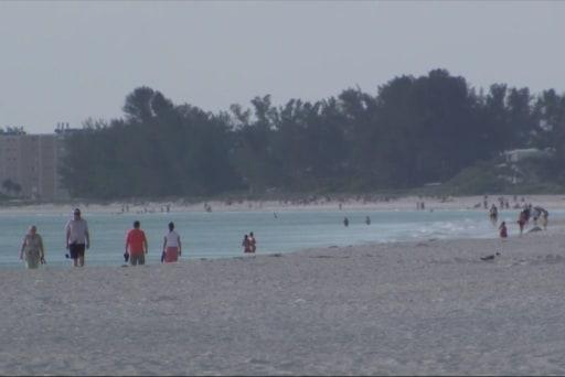 Stiff penalties for FL beach sex couple
