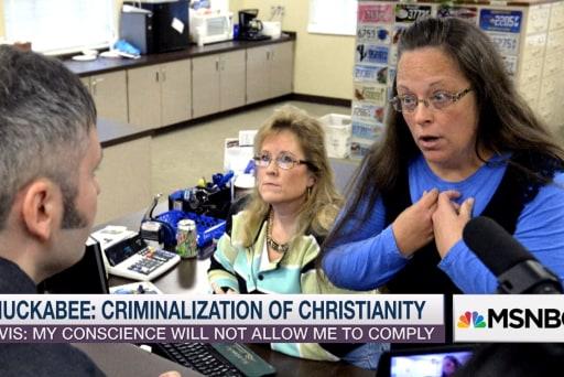 Some GOP candidates defend Kentucky clerk