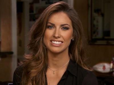 Daughter of bankrupt former NFL quarterback wins Miss Alabama title