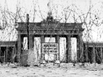 Image: Barbed wire in front of the Brandenburg Gate