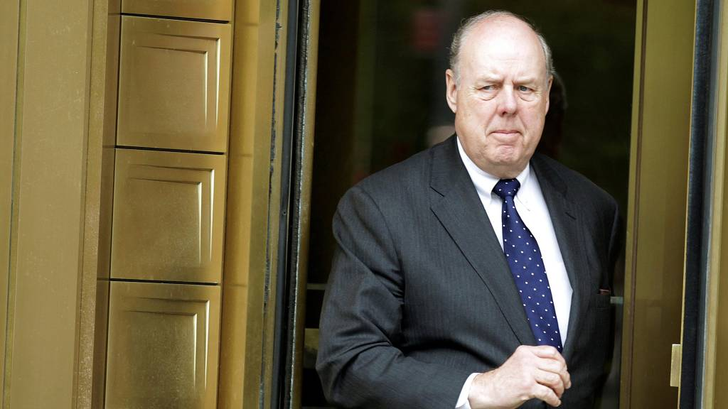 John Dowd quits as Trump's personal lawyer in Mueller probe