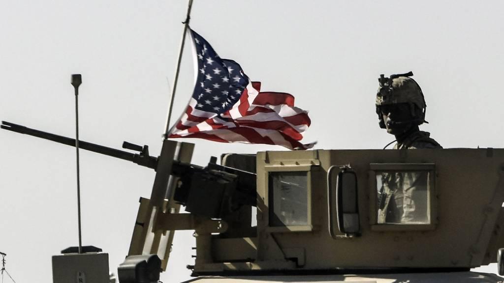 White House chaos jeopardizes war on ISIS, U.S. commanders warn