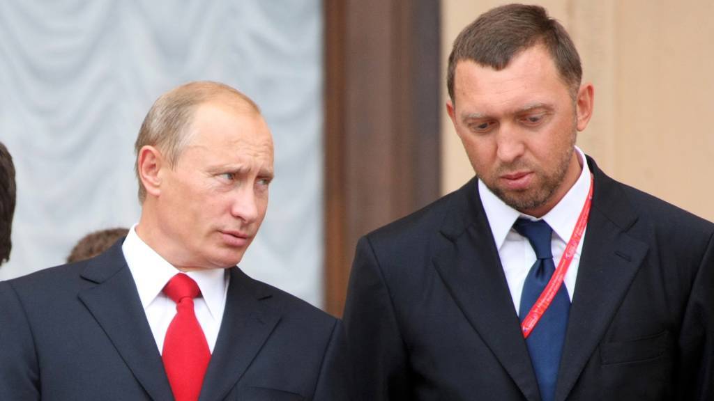 Trump imposes major sanctions on Russian oligarchs, officials, companies