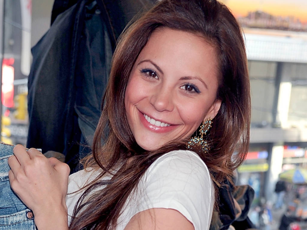 Watch Gia Allemand video