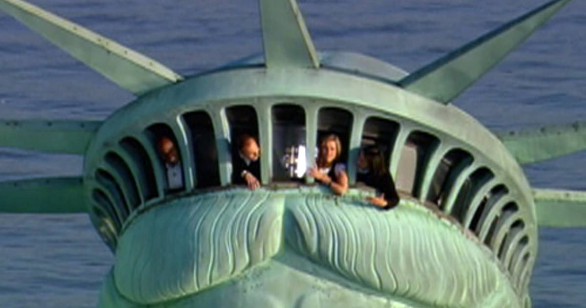 Restaurant On Top Of Statue Of Liberty