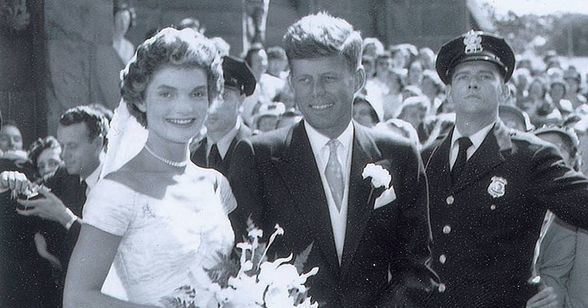 Neverbeforeseen wedding photos of JFK and Jackie Kennedy