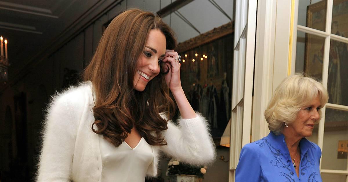 royal wedding�s flashy fashion