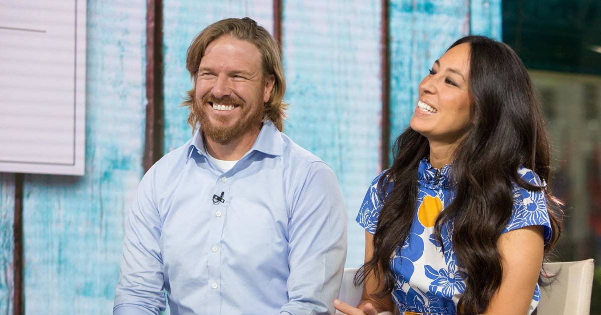 chip and joanna gaines talk end of fixer upper to people magazine. Black Bedroom Furniture Sets. Home Design Ideas