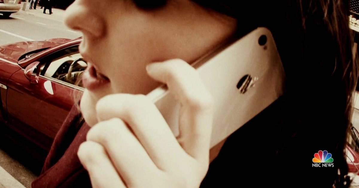 How scammers are using familiar phone numbers to steal information