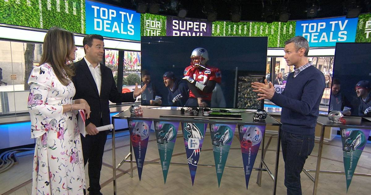 top 5 tvs to watch the super bowl chosen by consumer reports. Black Bedroom Furniture Sets. Home Design Ideas