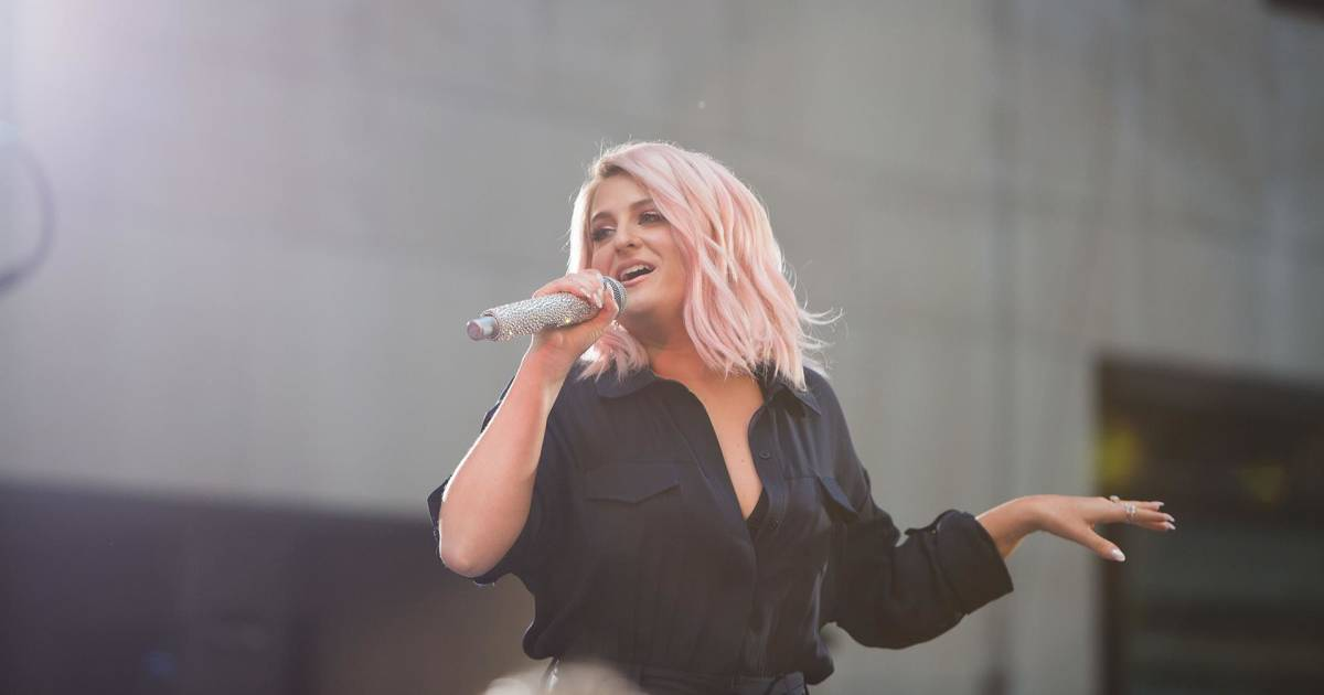 Watch Meghan Trainor perform 'No Excuses' live on the TODAY plaza