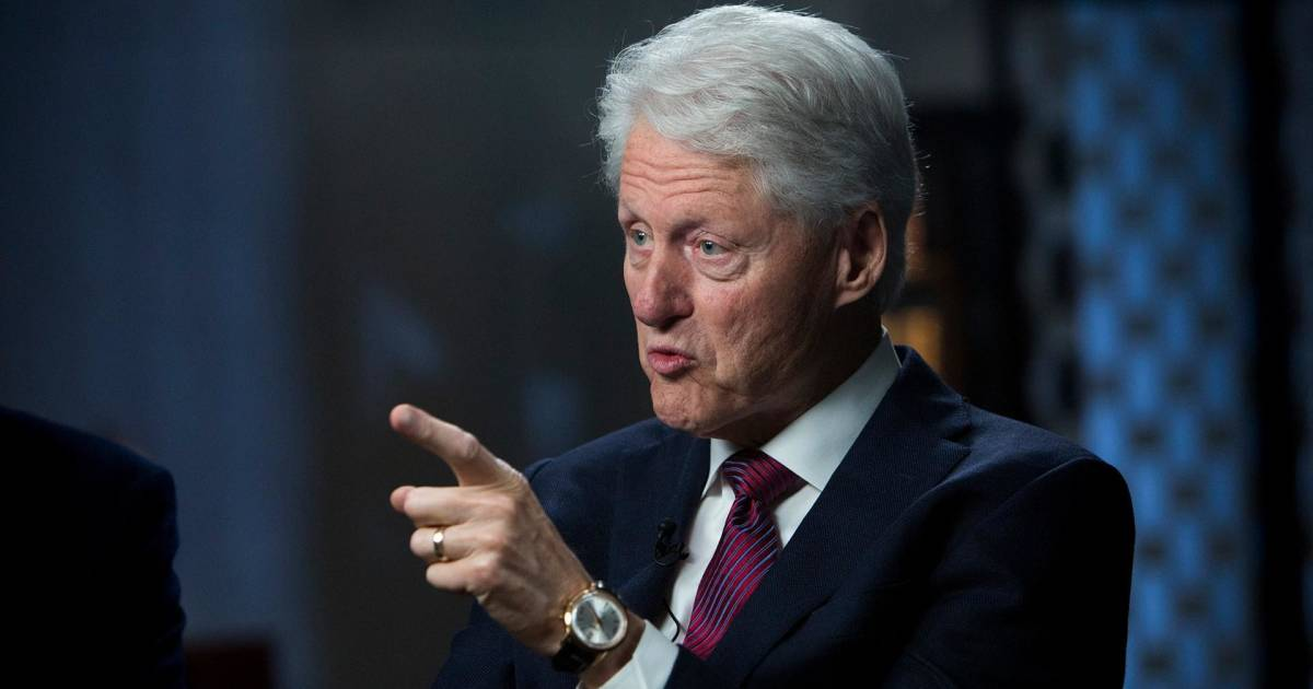 a discussion about the clinton sex scandal When criticized by hillary clinton for his lewd remarks with billy bush from 2005, gop presidential nominee donald trump went on the offensive sunday night.