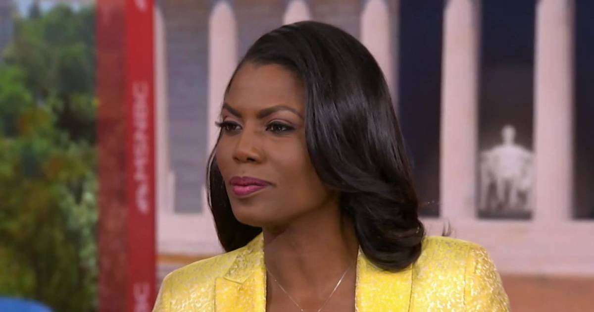 Omarosa: Trump 'certainly' hated Obama for his race