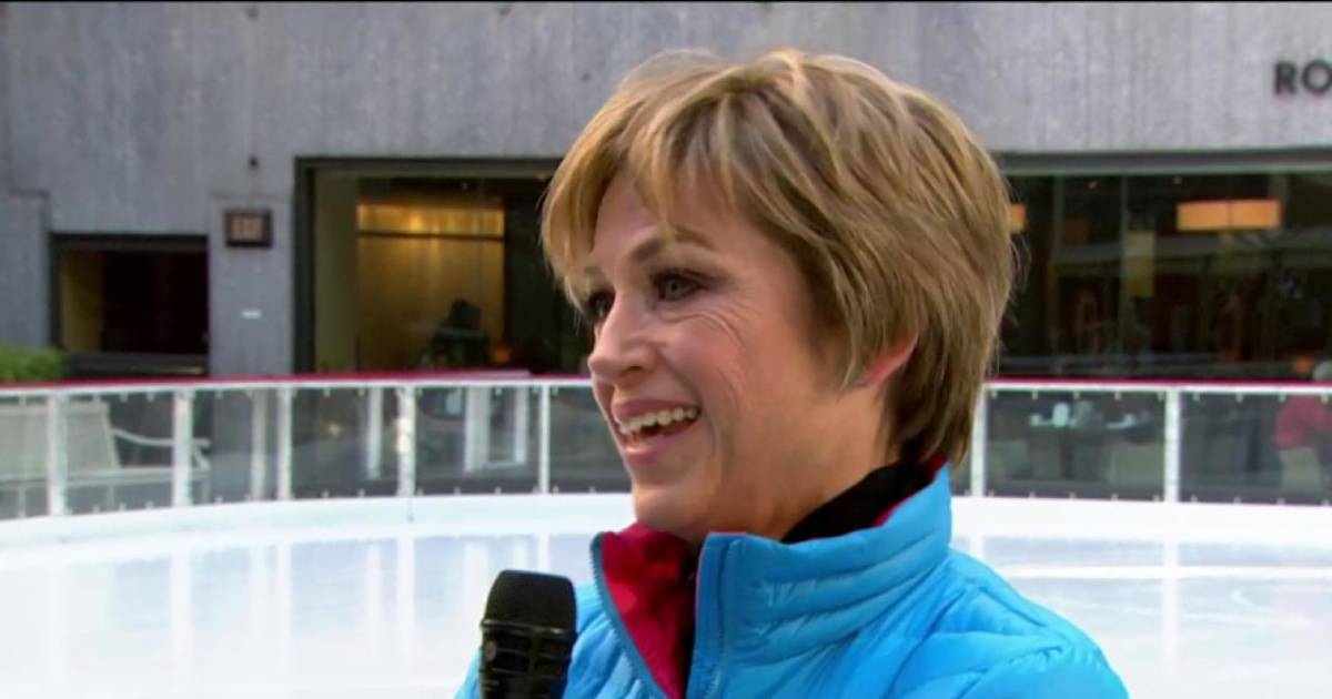Dorothy Hamills Olympic Win Iconic Bob And Signature Spin 40 Years Later