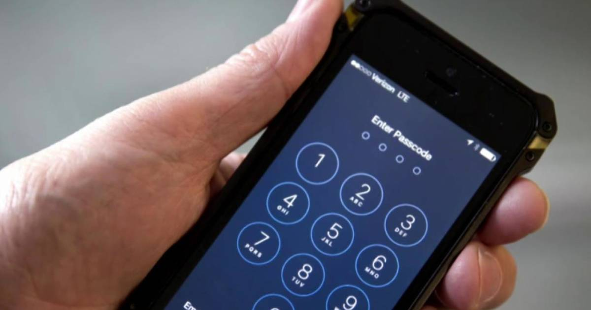 break into iphone fbi paid hackers to into shooters iphone 8536